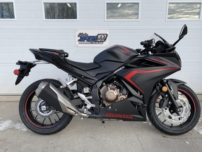 Honda CBR500R Gris Mat métallique 2021
